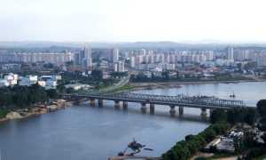 Средние зарплаты в Южной и Северной Корее
